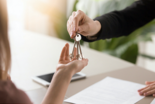 5 Things to Know Before Signing an Apartment Lease